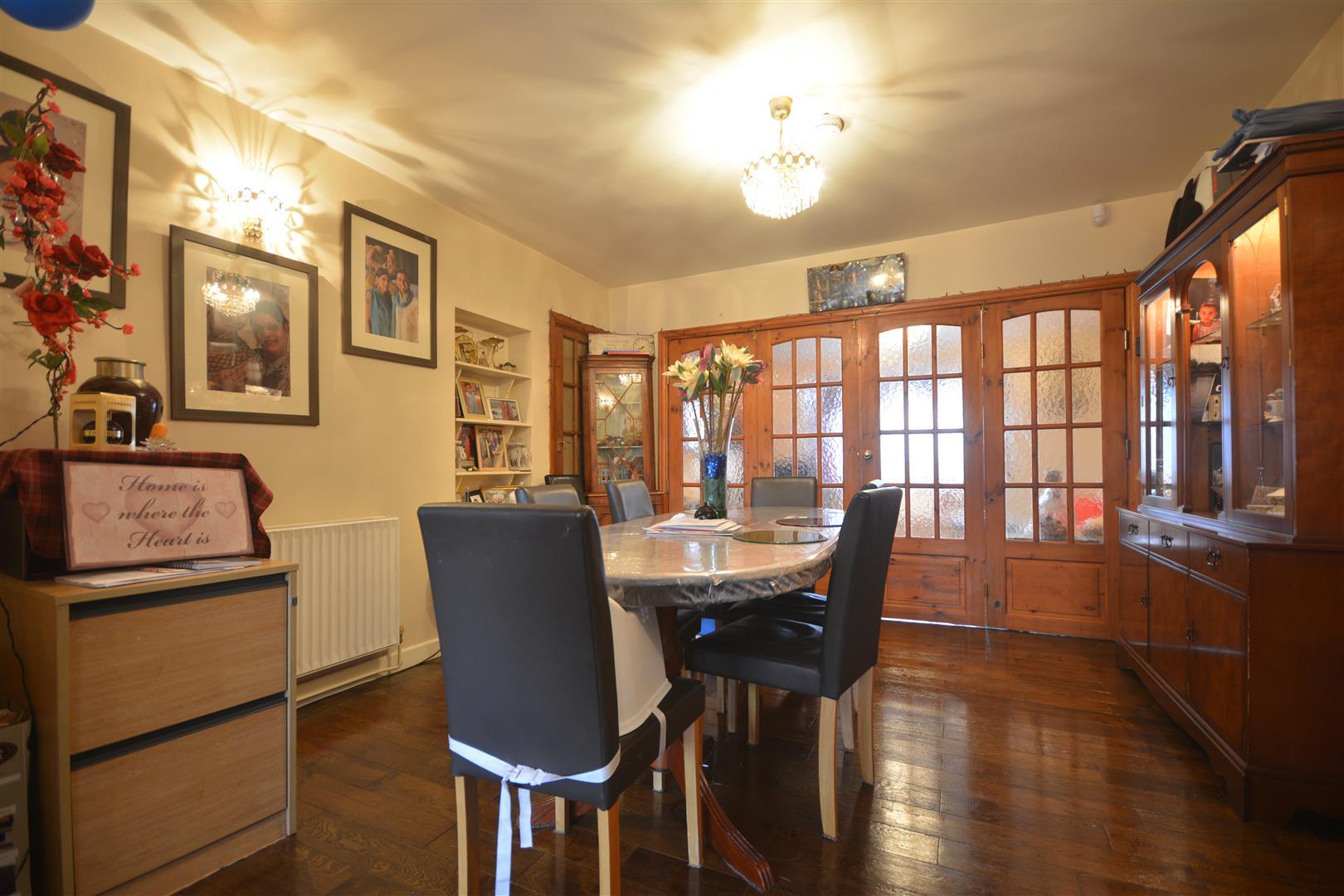 dining room alt 1.JPG
